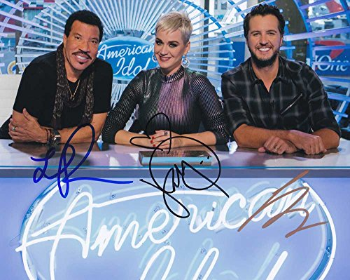 American Idol 2018 Judges In-person autographed Cast Photo by all 3