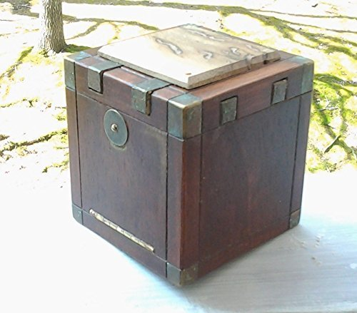 WormWood a puzzle box by Eden Workx