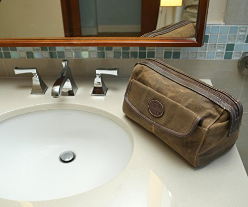 Amazon.com   Men s Canvas Leather Toiletry Bag Shaving Kit - Bayfield Bags  - Vintage Retro-Look Waxed Canvas Large (11x6x6) Travel Dopp Bag   Beauty cb1ad5718b552