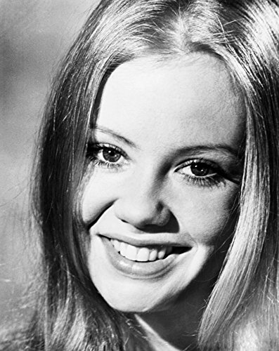 Posterazzi EVCMBDTAAGEC009HLARGE Take A Girl Like You Hayley Mills 1970 Photo Print 16 x 20 Varies ()