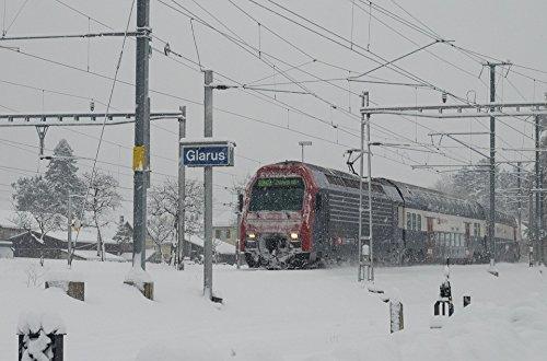 Home Comforts LAMINATED POSTER Winter S Bahn Swiss Federal Railways Train Sbb Poster 24x36 (Sbb Swiss)