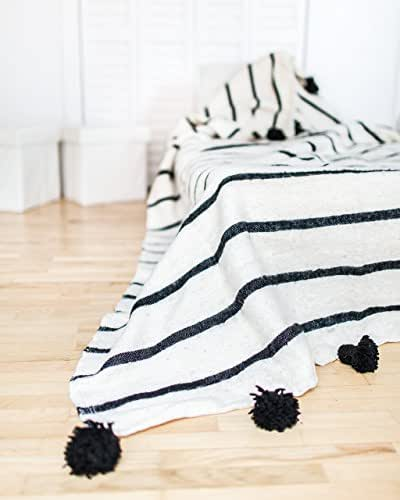 Fashionista. Moroccan Pom Pom Blanket Throw, Quilt, Bedding, Wool. Small (59 x 59 inches / 1.5 x 1.5 m)