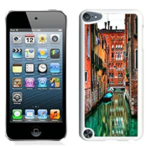 Hot Sale And Popular iPod Touch 5 Case Designed With Venetian Flooded Streets White iPod Touch 5 Phone Case
