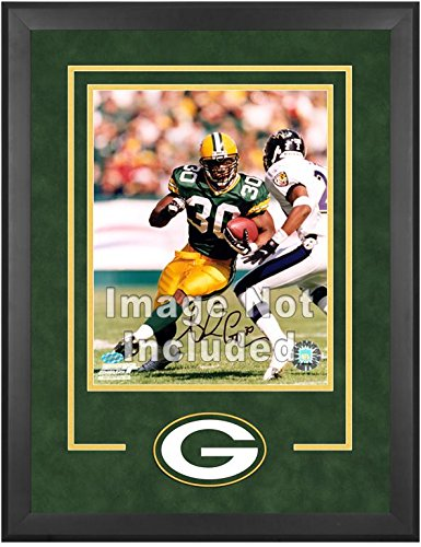 Green Bay Packers Deluxe 16x20 Vertical Photograph Frame by Mounted Memories