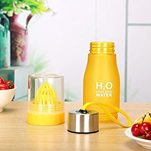 Judek 650ml Sports Infused Or Infuser Water Bottle With a Bottom Loading Fruit Infusion and Lemon Citrus Juice Squeezer Tumbler Cup. (Yellow)