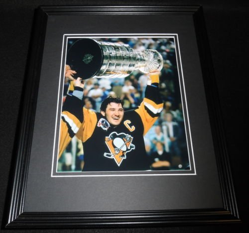 Mario Lemieux Framed Photo (Mario Lemieux Stanley Cup Penguins Framed 8x10 Photo)