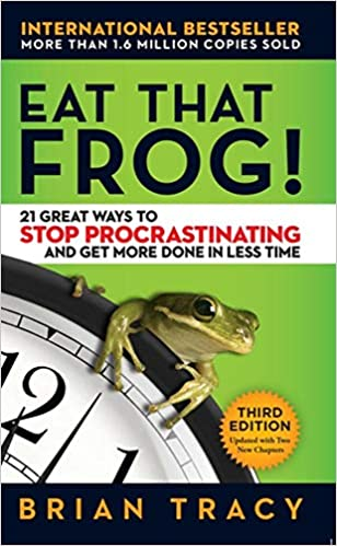 Resultado de imagem para Eat That Frog!: 21 Great Ways to Stop Procrastinating and Get More Done in Less Time