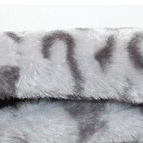 Couvercle du Volant Voiture en Laine Cachemire Caches Couverture Housse de Volant Hiver Couvre Volant Chaud Wheel Cover Car Touché Doux Antidérapant Taille: 36-38CM-Léopard Gris delicate