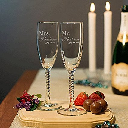 Mr and Mrs Champagne Wedding Glasses, Set of 2 Engraved Twisted Stem Champagne Flutes, Personalized Mr and Mrs Toasting Glasses, Wedding Gift, Anniversary Gift (Flute Twisted Stem)