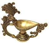ShalinIndia HinduDiyafor Aarti Ghee Oil Wick Lamp Brass Metal Sculpture Puja Item 5.5 x 6.5 x 2 inches 470 Grams