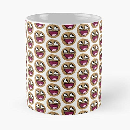 Awsome Cookie Chemise Visage - 11 Oz Coffee Mugs Unique Ceramic Novelty Cup, The Best Gift For Holidays. (Holiday Chemise)