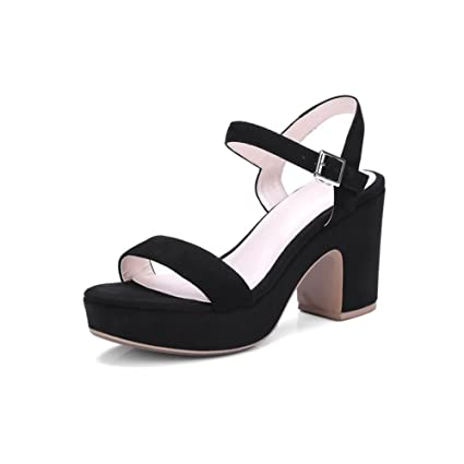 Womens Shoes 2018 New Womens Sandals Waterproof Platform Leather Womens Shoes Simple Buckle European and American