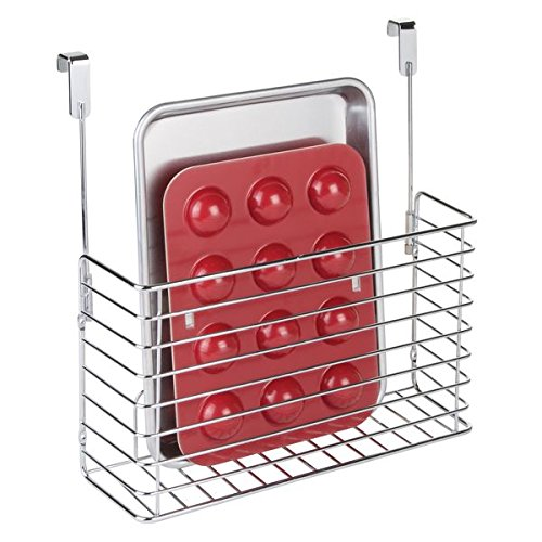 mDesign Over The Cabinet Hanging Storage Basket - Steel Bakeware Organiser and Cutting Board Holder - Excellent Kitchen Storage Solution - Chrome MetroDecor 6973MDK