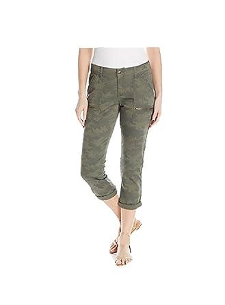 4af0c46b898a5 Amazon.com: Unionbay Womens Norma Zipper Camo Cargo Crop (Camo, Size 2):  Clothing