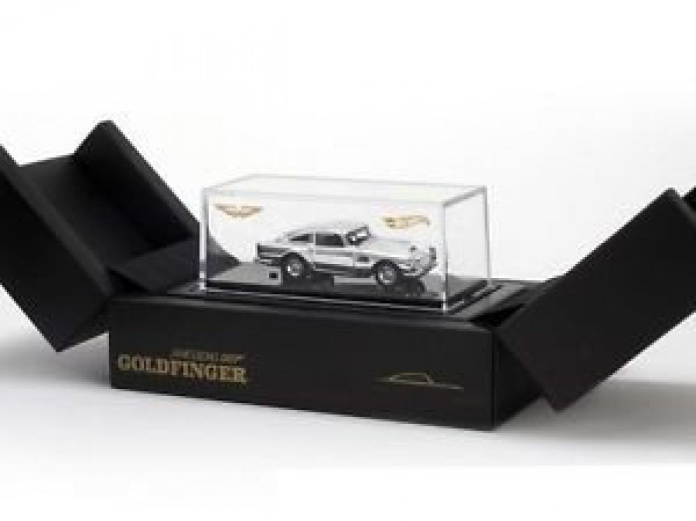 2014 SDCC Hot Wheels James Bond 007 Aston Martin DB5 San Diego Comic Con Exclusive 1:64th B00MG05C7I
