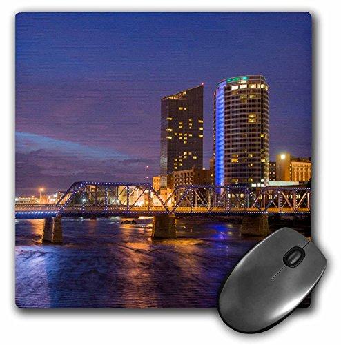 Danita Delimont - Randa Bishop - Michigan - Skyline at dusk, on the Grand River, Grand Rapids, Michigan. USA - MousePad (mp_191748_1)