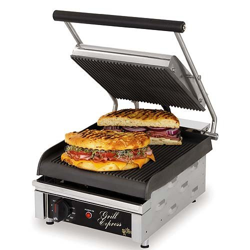 Table Top King star (GX10IG) - 15 3/4'' Grill Express Grooved Two-Sided Sandwich Grill
