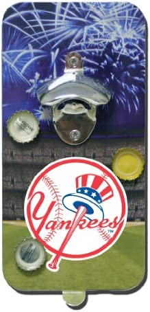 New York Yankees MLB Magnetic Clink n Drink Bottle Opener and Cap Catcher