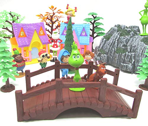 Playset The Grinch 24 Piece Featuring Grinch Character Figures and Decorative Accessories
