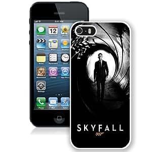 Daniel Craig As James Bond Diy For Iphone 5/5s Case Cover by Nicolas Villeminot
