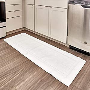 InterDesign Microfiber Spa Bathroom Shower and Tub Accent Rug, 60 x 21, White