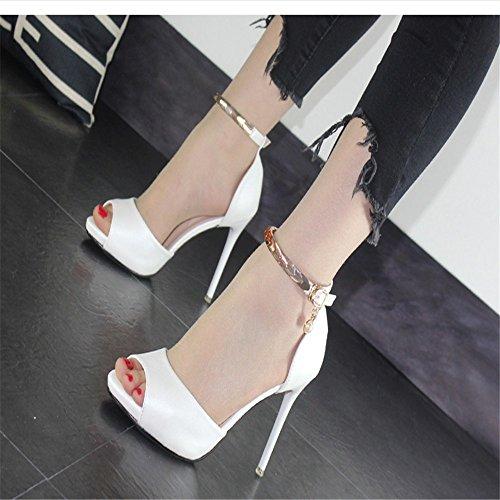 La D'été Fine Sexy Terrasse Nouvelle Le White Chaussures Avec Hxvu56546 Femmes Confortable Fines Talons Hauts Et Sandales À dUqtn8