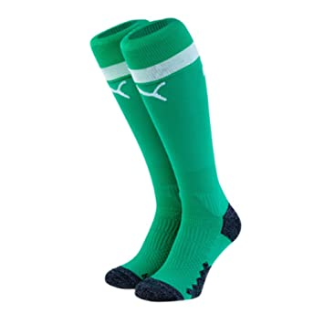 de1158b6b Puma 2018-2019 Arsenal Away Goalkeeper Socks (Green) - Kids: Amazon.co.uk:  Sports & Outdoors