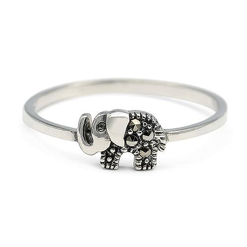 6e31258795d5 7 anillos de mujer para atraer la buena suerte y protección a diario ...