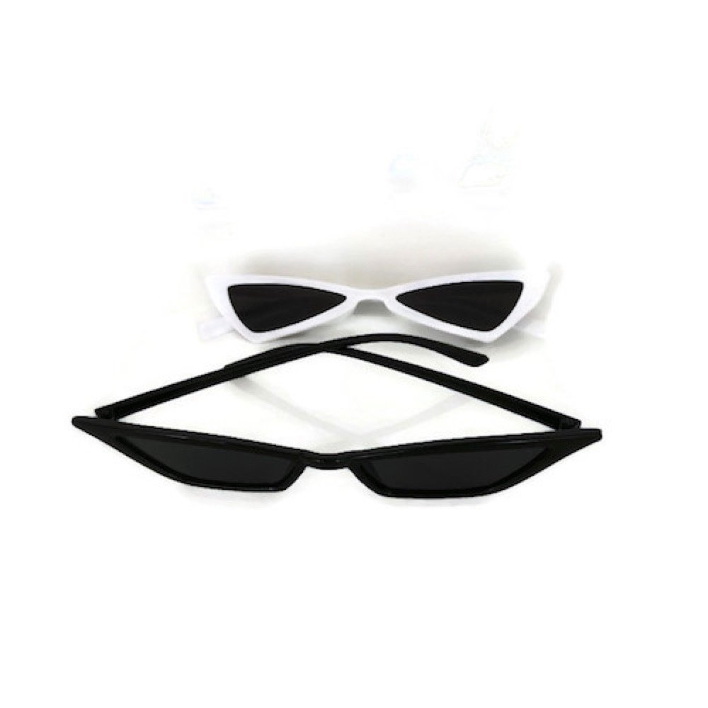 b229bcfa81044 Amazon.com  Women fashion cat eye small triangle sunglasses  Clothing