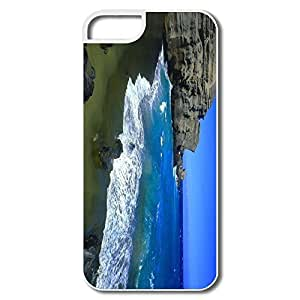 IPhone 5/5S Cases, Green Beach Big Island Cases For IPhone 5 - White Hard Plastic
