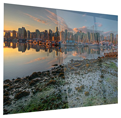 Designart Beautiful Sunrise at Vancouver Downtown - Seashore Art Glossy Metal Wall Art-28x12, 12'' H x 28'' W x 1'' D 1P Green