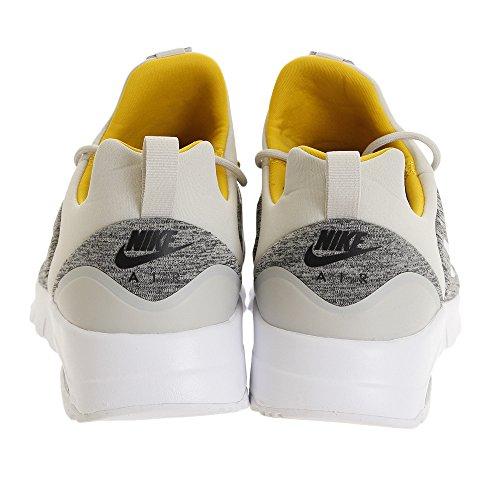 Nike Women Air Max Motion Lw Racer Shoe Grey