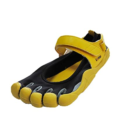 bd76f4e414 Amazon.com: Bergort Five Fingers Outdoor Slip Resistant Mountaineer Shoes  for Women: Sports & Outdoors