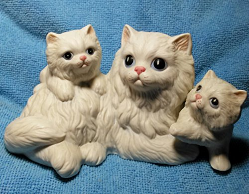 White Mother Cat and 2 Kittens Figurine by Homco