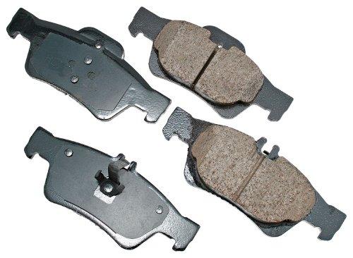 Akebono EUR986 EURO Ultra-Premium Ceramic Brake Pad Set