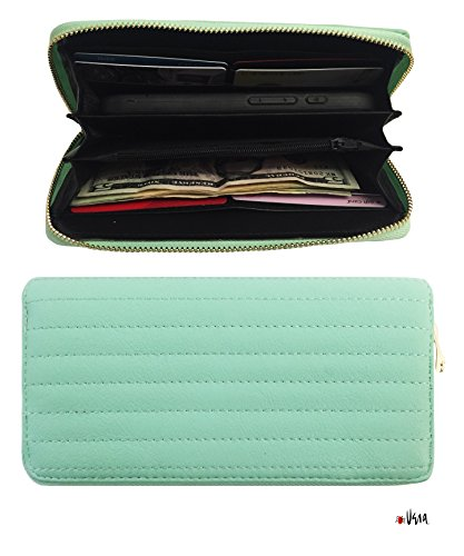 Vera Womens Classic Leather Clutch
