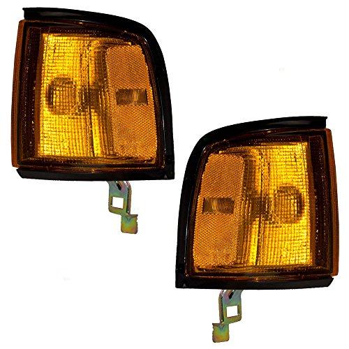 Driver and Passenger Signal Side Corner Marker Lights Replacement Black Trim for Isuzu Honda Pickup 8944345683 8944345673