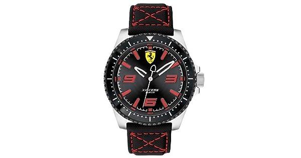 bdc68be2eb8 Relógio Scuderia Ferrari Masculino Nylon Preto - 830483  Amazon.com.br   Amazon Moda