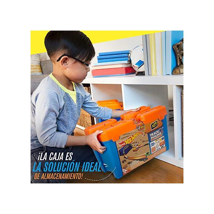 51OFPpWaInL Edad: 6+ Conecta las pistas de Hot Wheels y activa la creatividad de tu hijo y su capacidad de enfrentarse a un reto. El único límite es su imaginación La Caja de acrobacias de Hot Wheels permite construir todo un mundo de pistas o ampliar las pistas que ya tienes