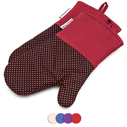 464 F Heat Resistant Potholders Dot Pattern Cooking Gloves Non-Slip Grip for Kitchen Oven BBQ Grill Cooking Baking 7x13 inch as Christmas Gift 1 pair (Red) by LA Sweet Home (Dot Pot Mitt)