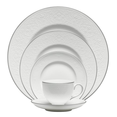 (Wedgwood English Lace 5-Piece Place Setting)