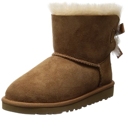 UGG Kids Girl's Mini Bailey Bow Chestnut Boot, 6 Big Kid M]()