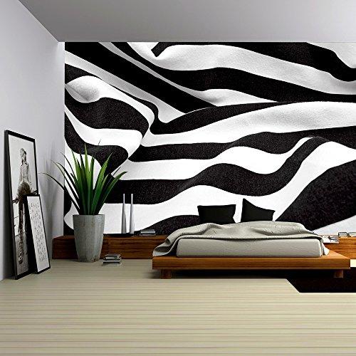 Black and White Fabric Creates a Swirl or Zebra Effect
