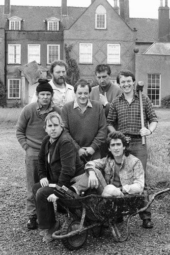Timothy Spall In Auf Wiedersehen Pet 11x17 Mini Poster Posing With Jimmy Nail And Cast At Amazon S Entertainment Collectibles Store