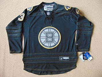 Boston Bruins NHL Hockey sobre hielo camiseta edición limitada - Thomas  30  medio NWT Mens  Amazon.es  Deportes y aire libre a948e600d0df7