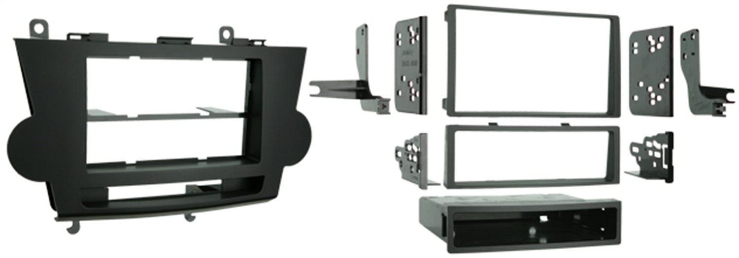 Metra Single DIN / Double DIN Installation Kit for 2008-2009 Toyota Highlander Vehicles by Metra