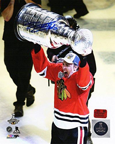 - Teuvo Teravainen Autographed/Signed Chicago Blackhawks 2015 Stanley Cup Holding Trophy 8x10 Photograph - Authentic Signature