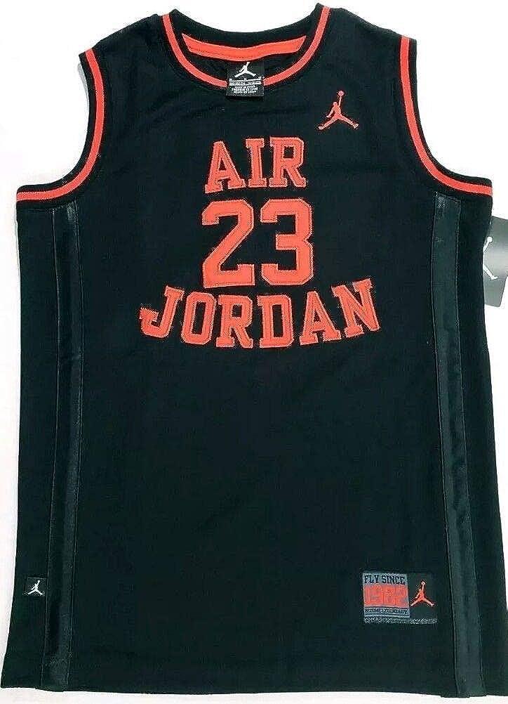puerta Disparo puesto  Amazon.com : Jordan Nike Air Boy's Youth Classic Mesh Jersey Shirt, (12-13  yrs), Black Crimson, Size Large : Clothing