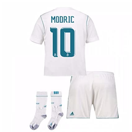 2e6b595e1 Amazon.com : UKSoccershop 2017-17 Real Madrid Home Full Kit (Luka Modric  10) : Sports & Outdoors