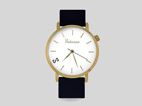 Reloj Acero Inoxidable Movimiento Cuarzo Suizo, Swiss Ronda 763 -Black Snow - Saturno Watch- Color Blanco Caja Color Oro y Correa de Piel Color Negro.: Amazon.es: Relojes